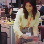 「わたし、定時で帰ります」1話吉高由里子衣装を真似しよう!チェックの異素材ミックススカートや白のレーストップスがかわいい!