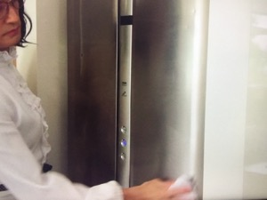 「家政夫のミタゾノ」8話最終回家事情報部屋の消臭