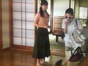 「私の家政夫ナギサさん」5話多部未華子衣装カーキスカート