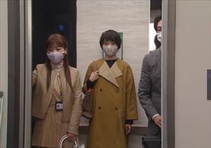 ドラマ「リモラブ」2話美々先生(波瑠)の衣装コート