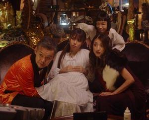 「ルパンの娘」2話三雲華(深田恭子)衣装マタニティワンピース